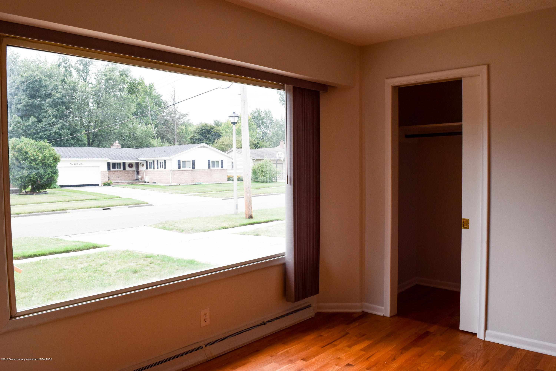 4624 Norwick St - Living Room - 13