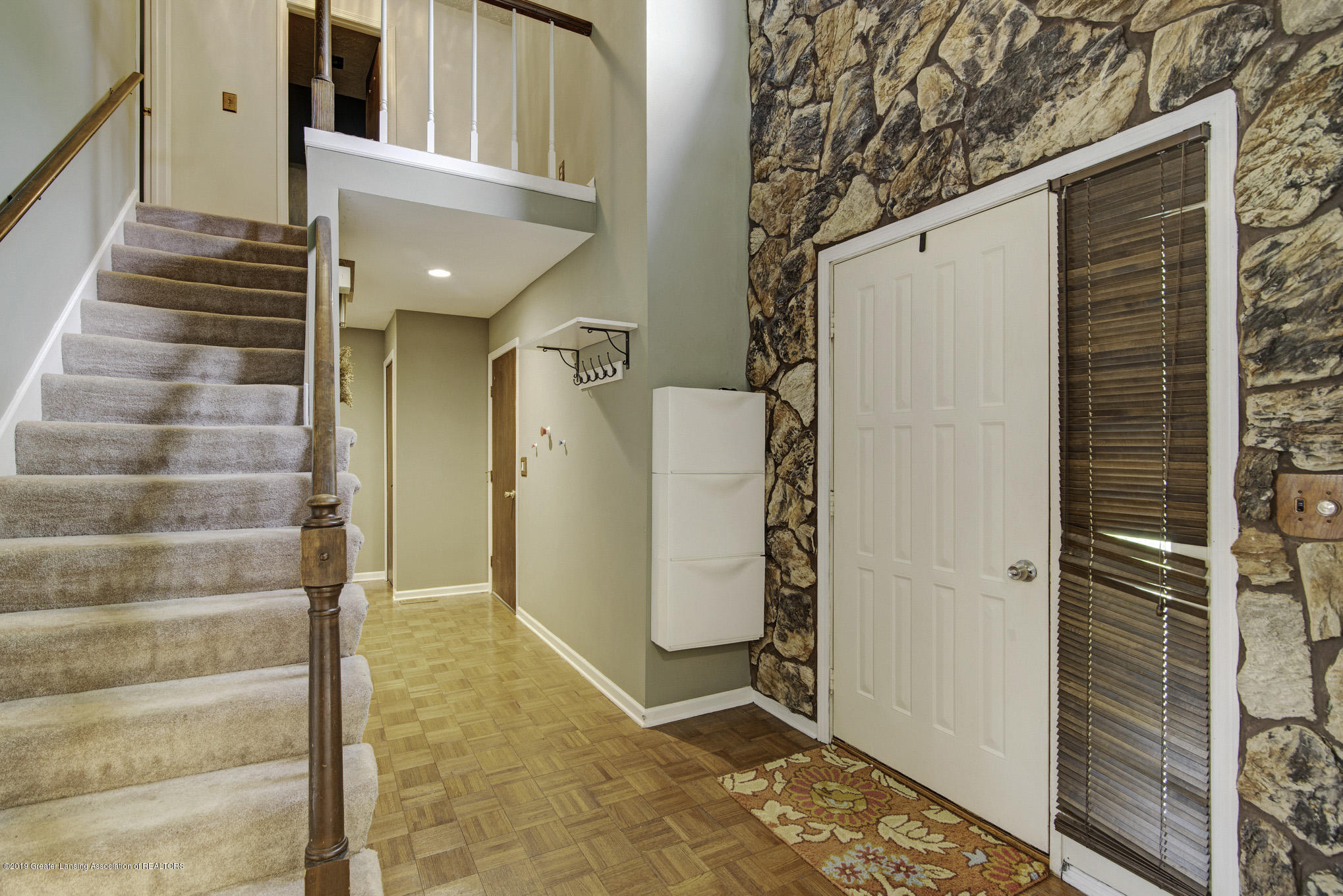 1417 Spearberry Ln - Entryway - 3