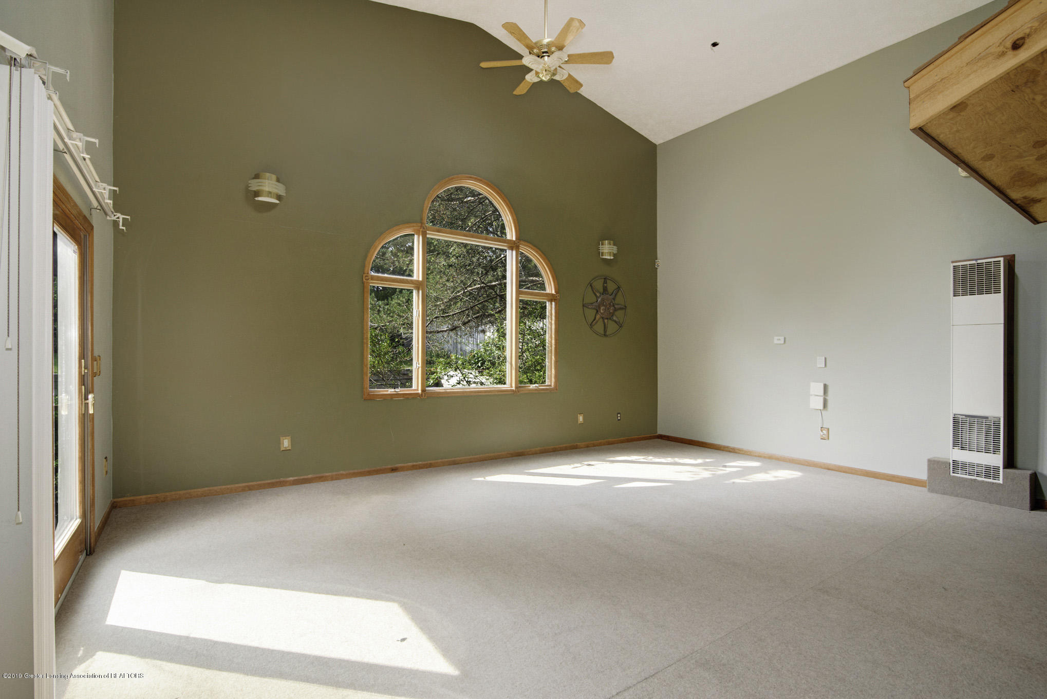 1417 Spearberry Ln - Living Room - 4