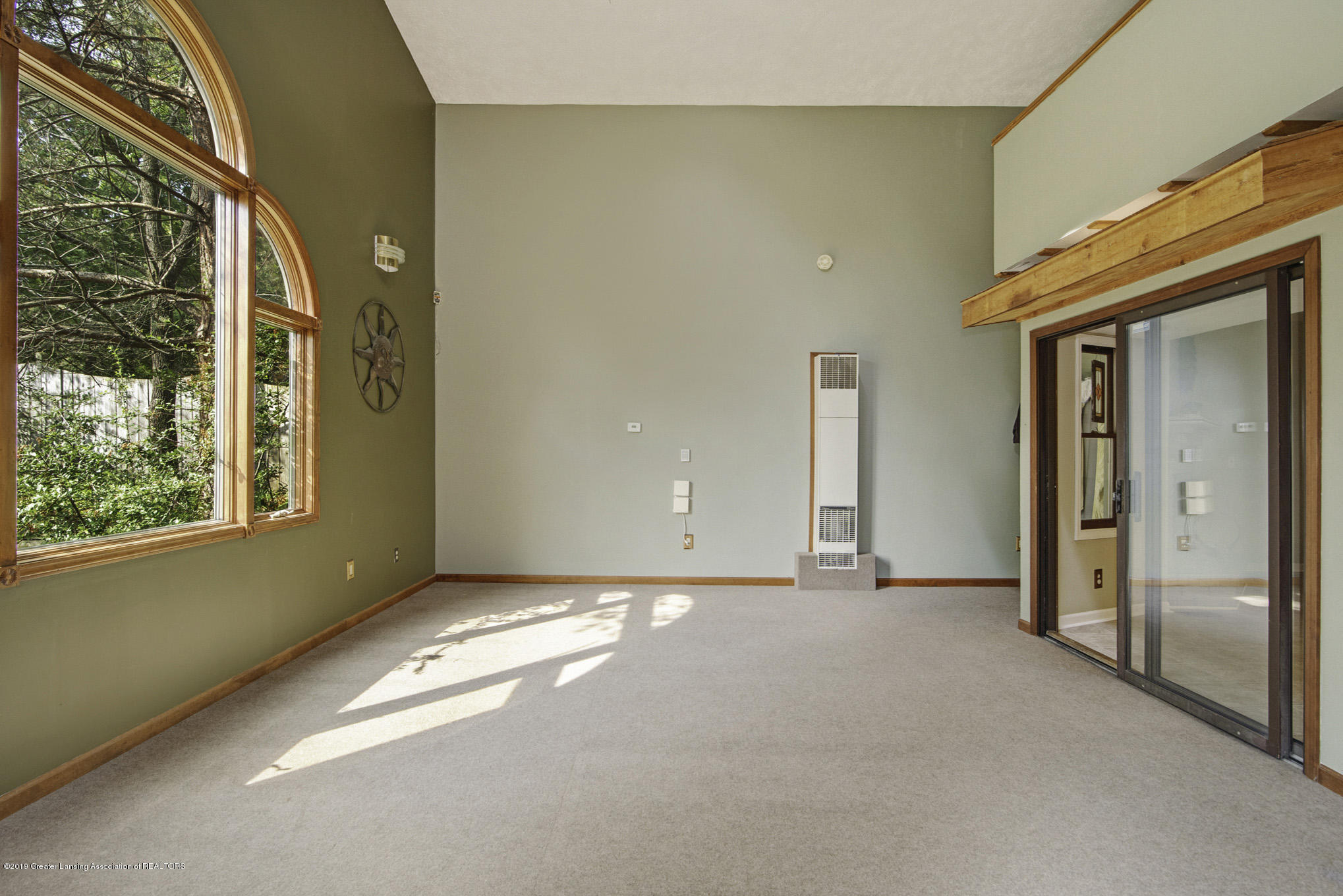1417 Spearberry Ln - Living Room - 5