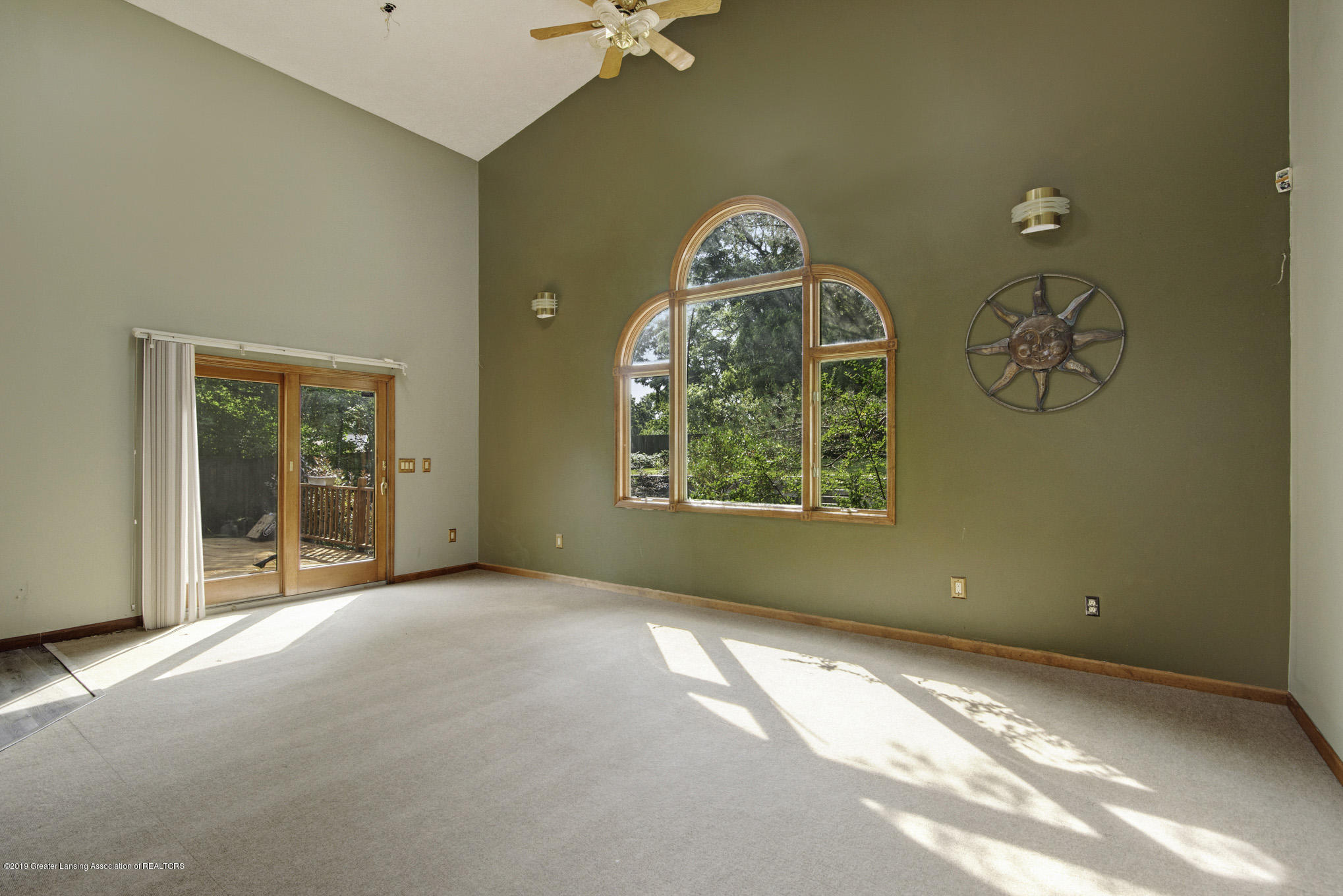 1417 Spearberry Ln - Living Room - 6