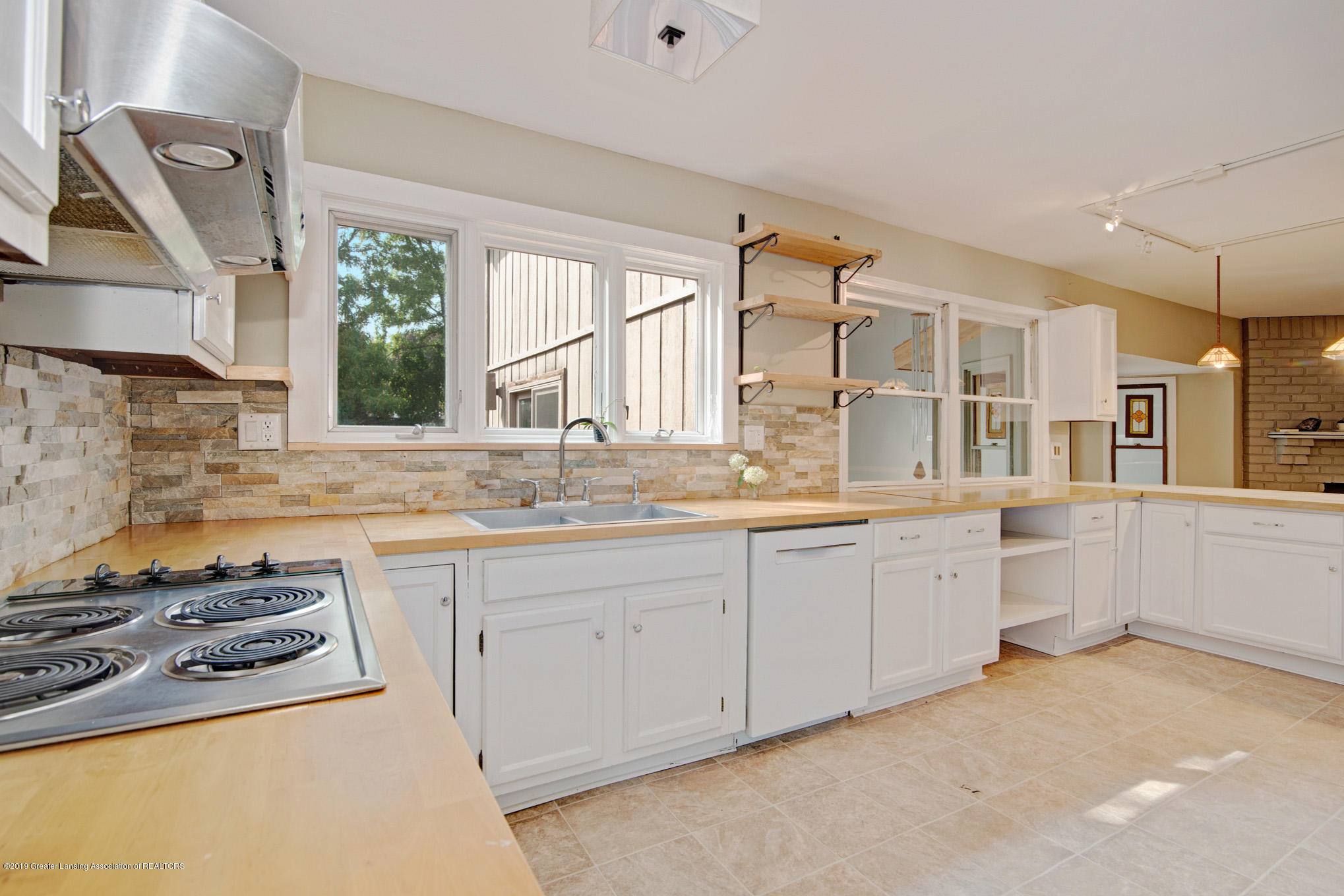 1417 Spearberry Ln - Kitchen - 9