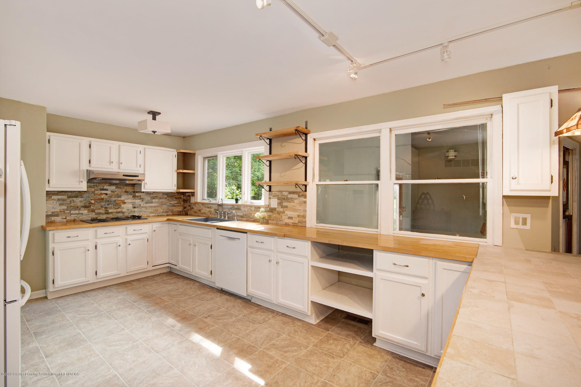 1417 Spearberry Ln - Kitchen - 10