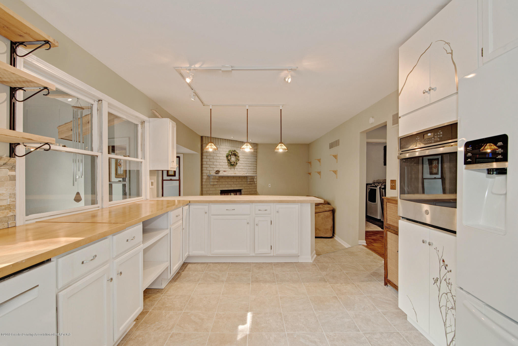 1417 Spearberry Ln - Kitchen - 11