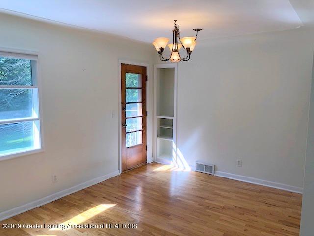 2349 Seminole Dr - Living Room - 11