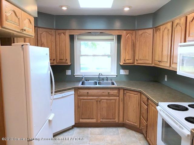2349 Seminole Dr - Kitchen - 14