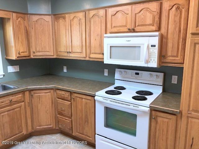 2349 Seminole Dr - Kitchen - 15