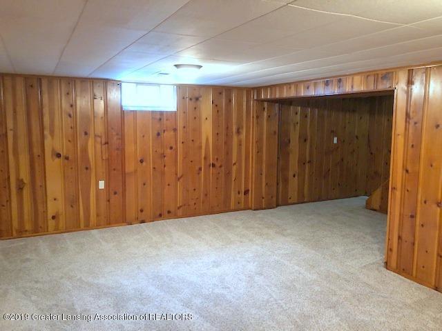 2349 Seminole Dr - Family Room - 23