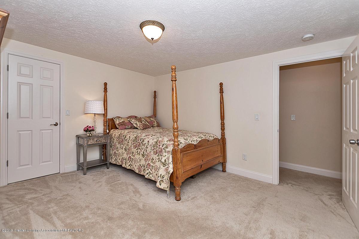 6149 Bridgewater Cir 49 - 6149 Bridgewater 4th bedroom feat. walk - 5