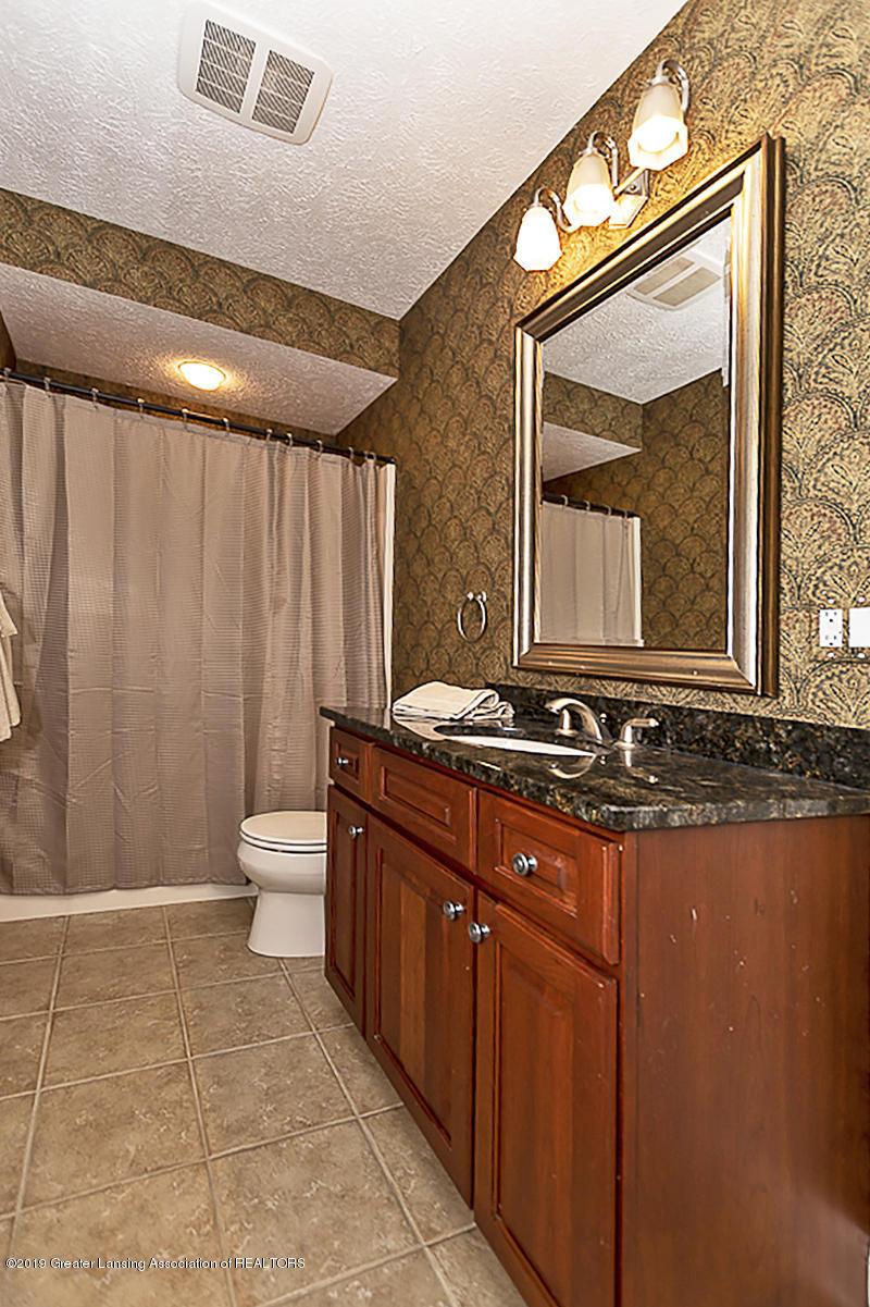6149 Bridgewater Cir 49 - 6149 Bridgewater lower level full bath - 27