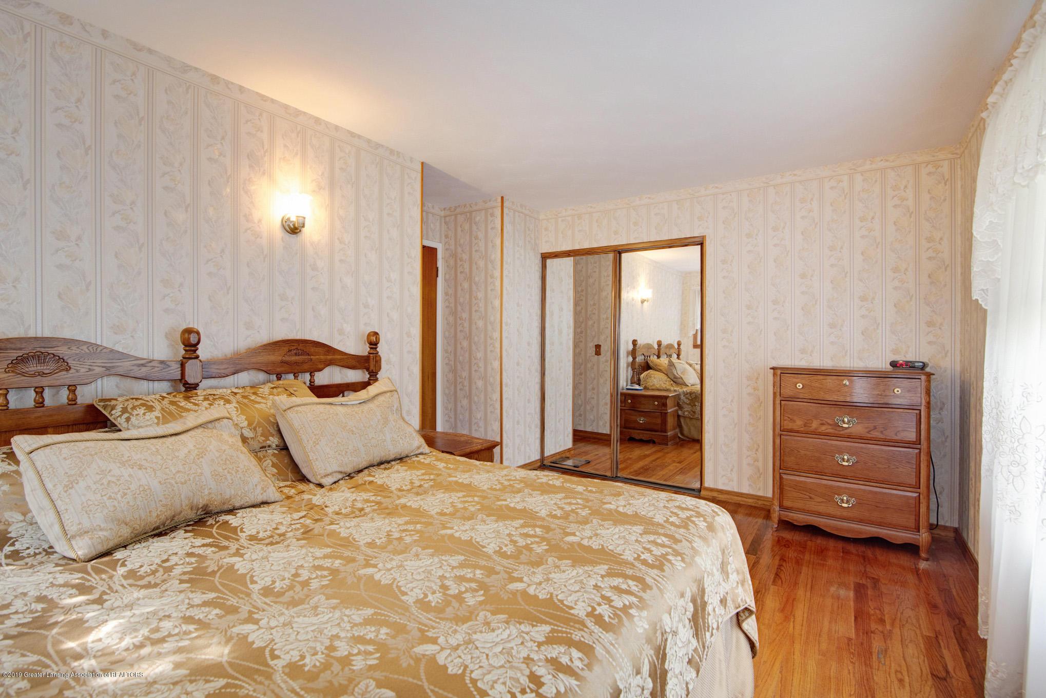 1977 Hamilton St - Bedroom - 15