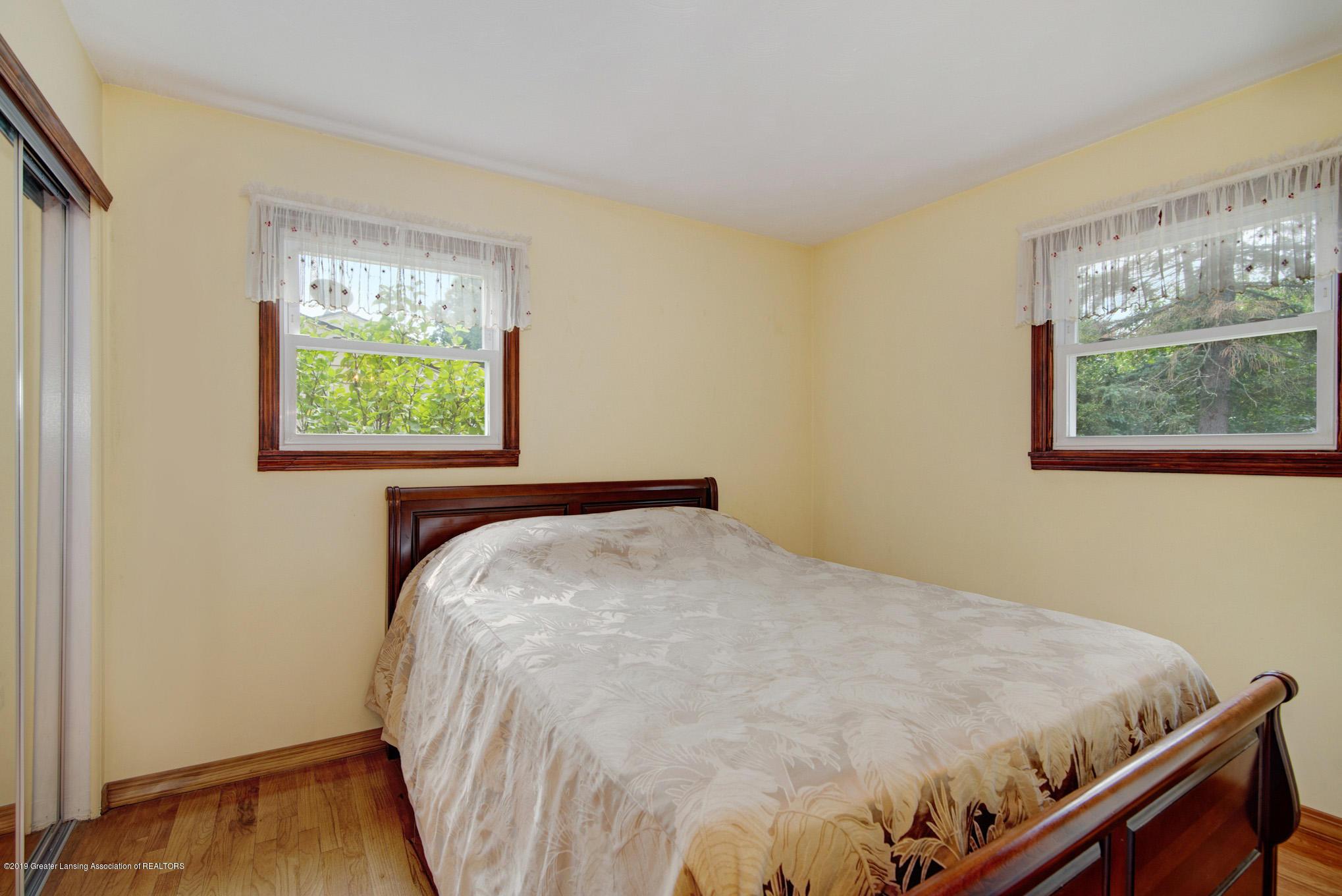 1977 Hamilton St - Bedroom - 16