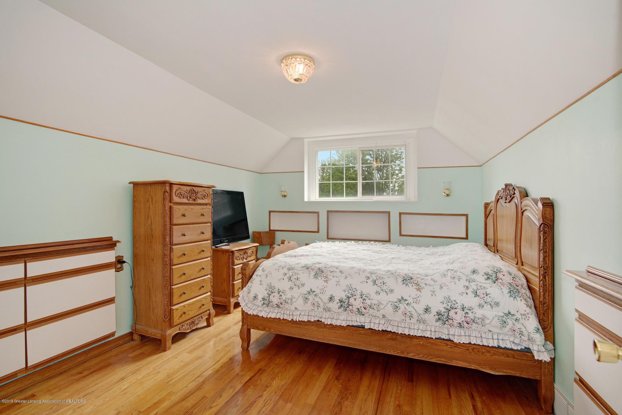 1977 Hamilton St - Bedroom - 21