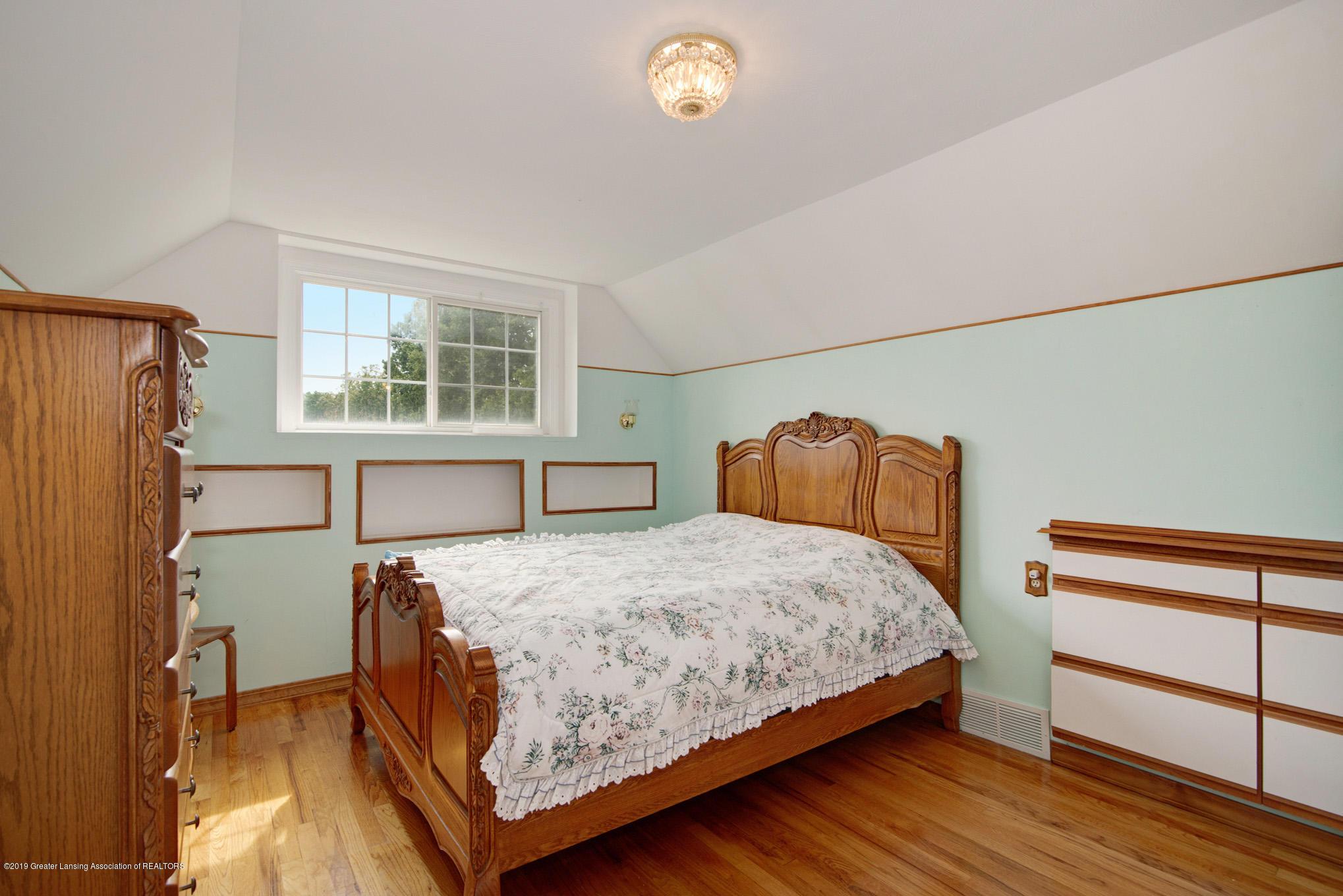 1977 Hamilton St - Bedroom - 22