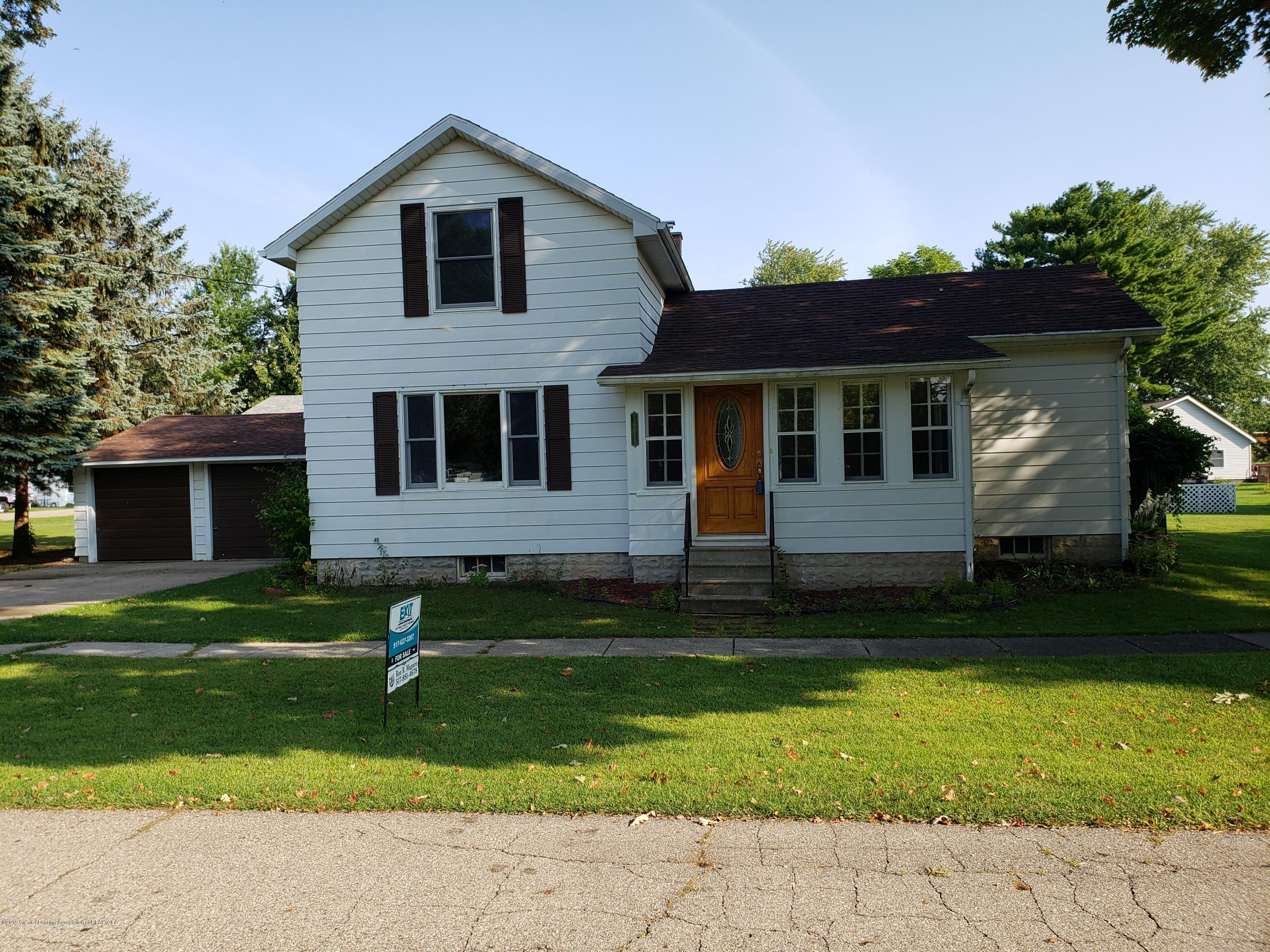 13516 Maple St - Front of Home - 1