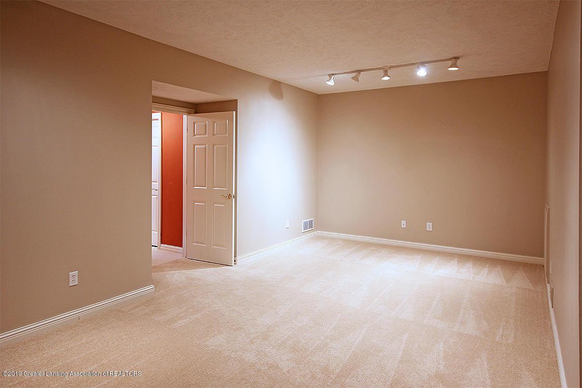 2056 Timberview Dr - Flex room - 44