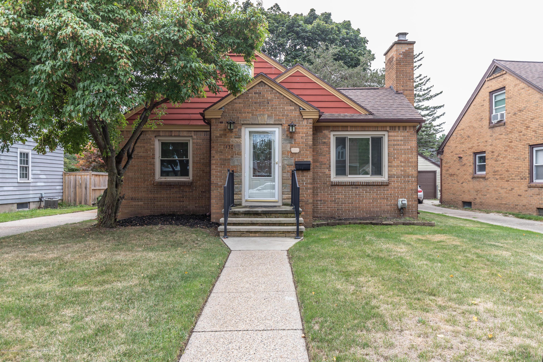 1430 Sunnyside Ave - 2 sunnyfront (1 of 1) - 2
