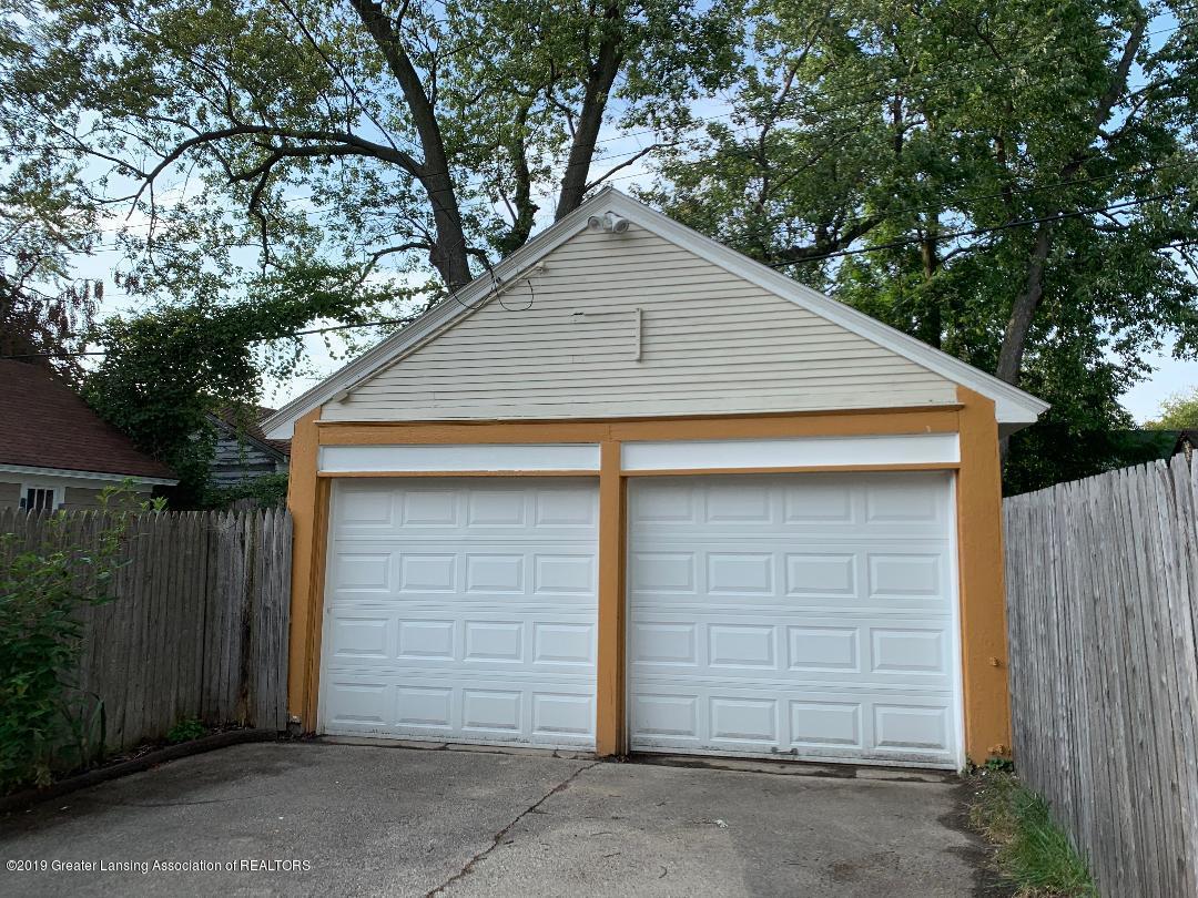 1526 Spencer St - 24 Garage - 24