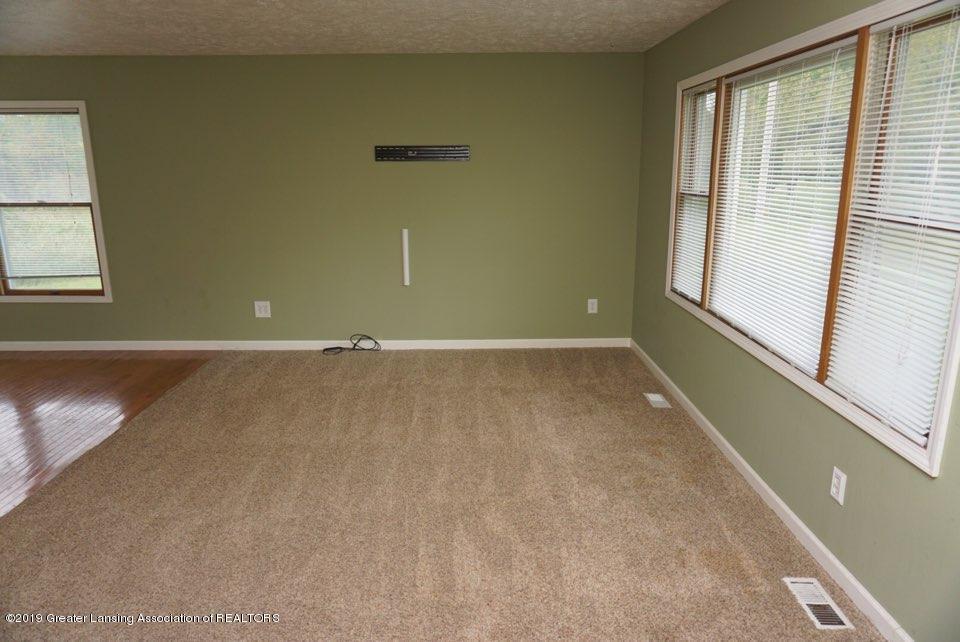 10769 Kingsland Hwy - Living Room - 7