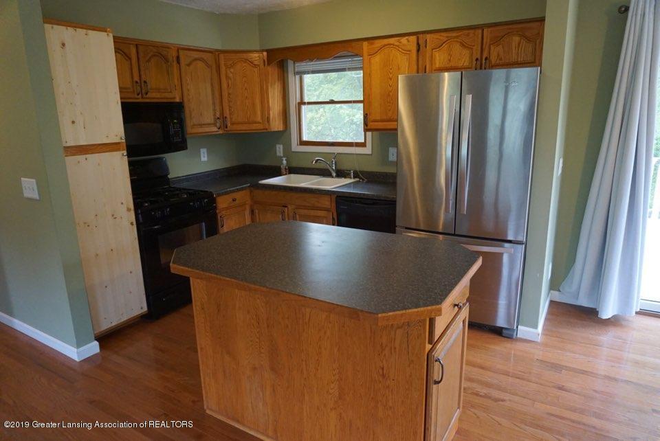 10769 Kingsland Hwy - Kitchen - 12