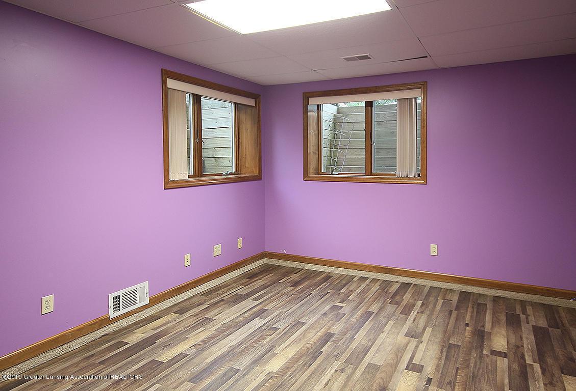 4084 Hulett Rd - Lower Level Bedroom - 35