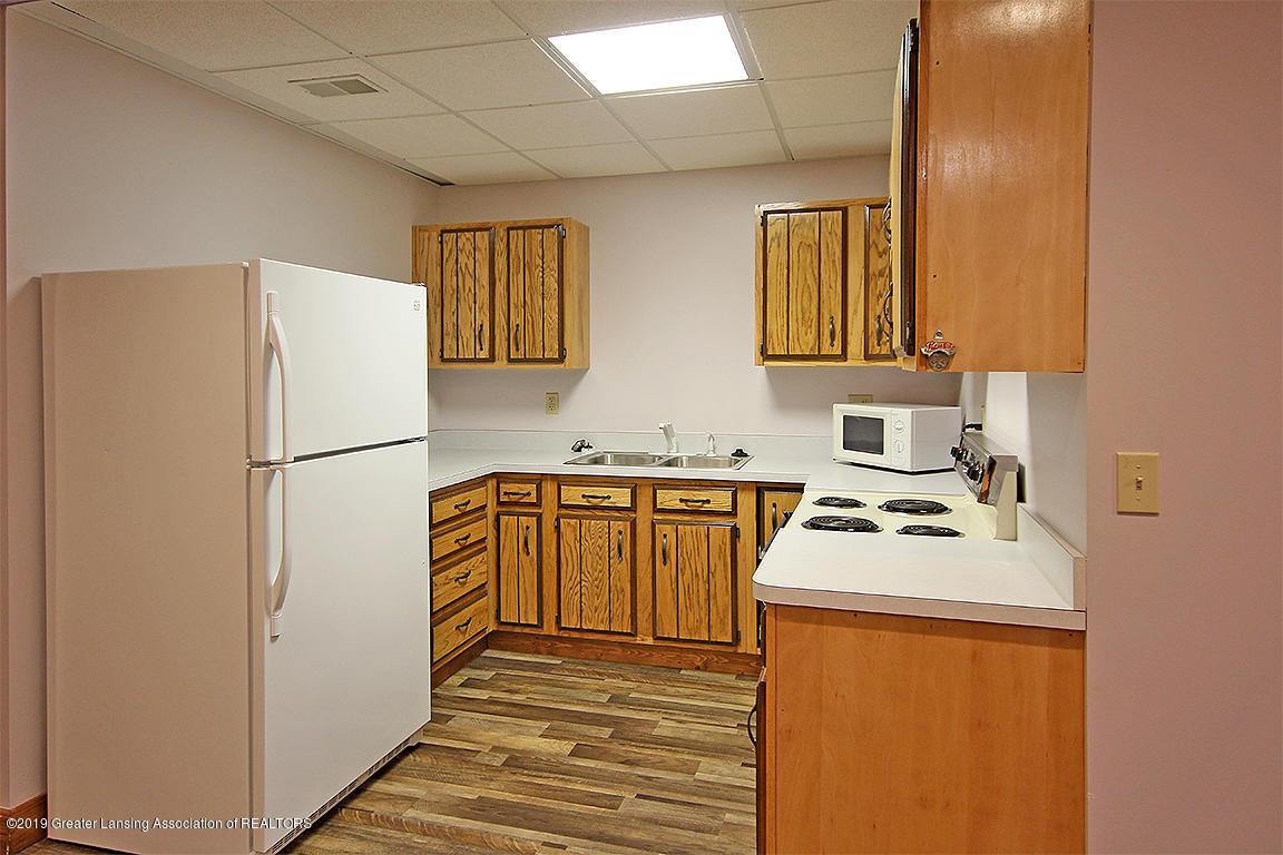 4084 Hulett Rd - Lower Level Kitchen - 34