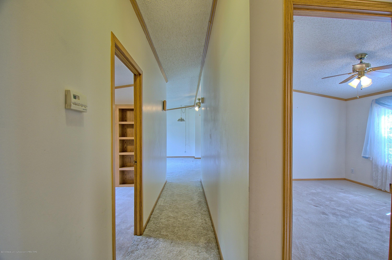 4860 Old Plank Rd - Hallway - 11