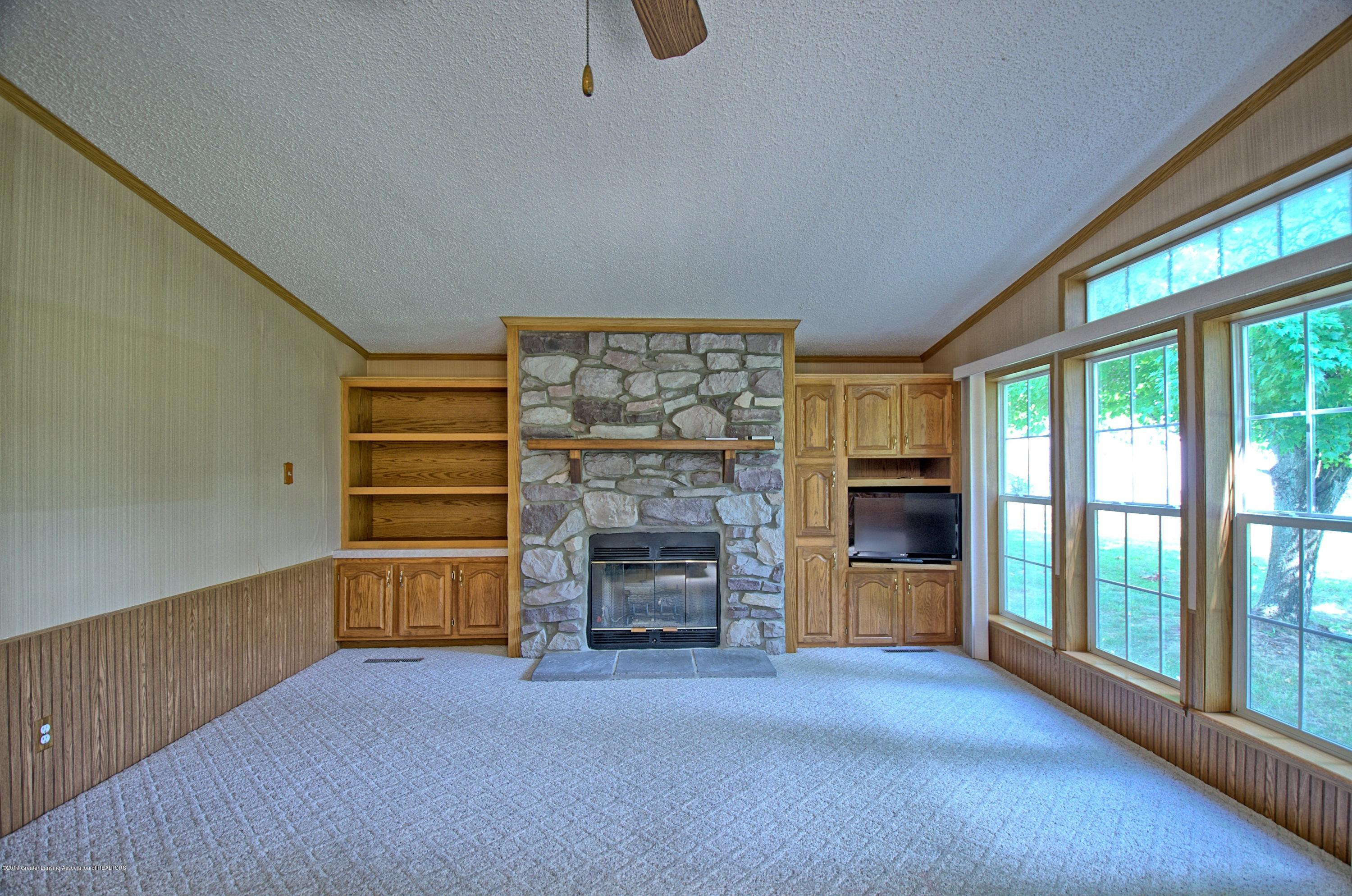 4860 Old Plank Rd - Family Room - 7