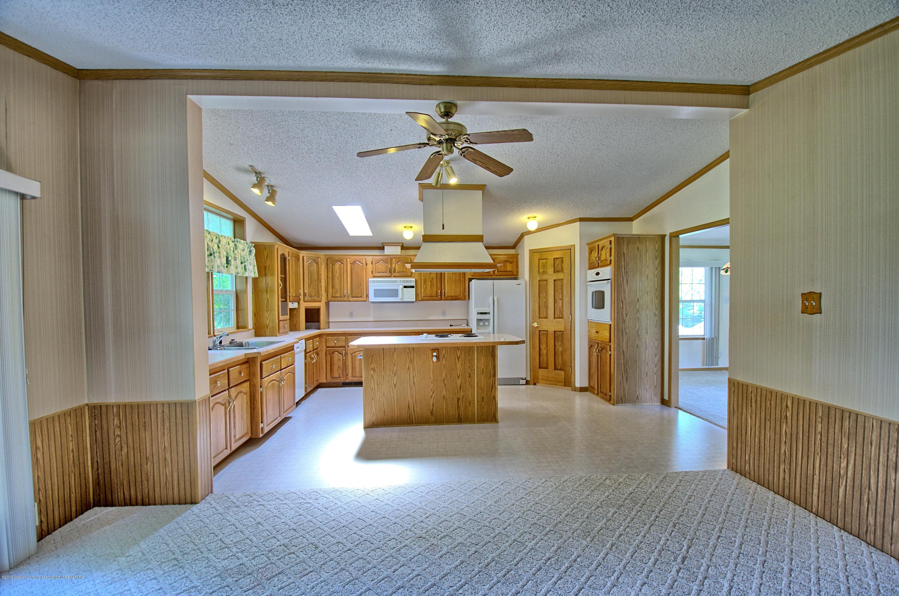 4860 Old Plank Rd - Kitchen - 4