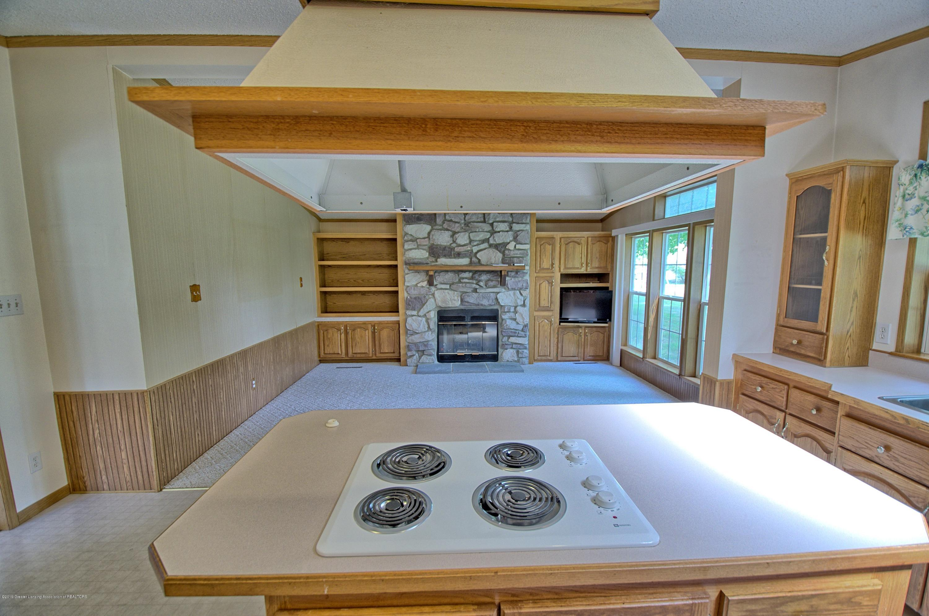 4860 Old Plank Rd - Kitchen - 6