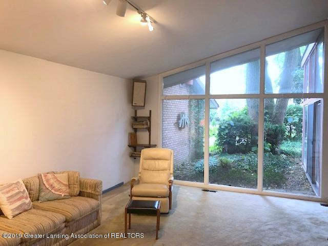 408 Curtis Rd - Living Room - 8