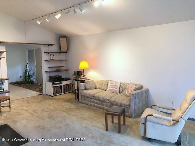408 Curtis Rd - Living Room - 11