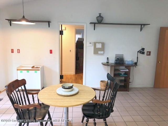 408 Curtis Rd - Eating Area - 20