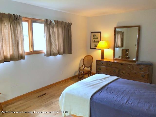 408 Curtis Rd - Master Bedroom - 22