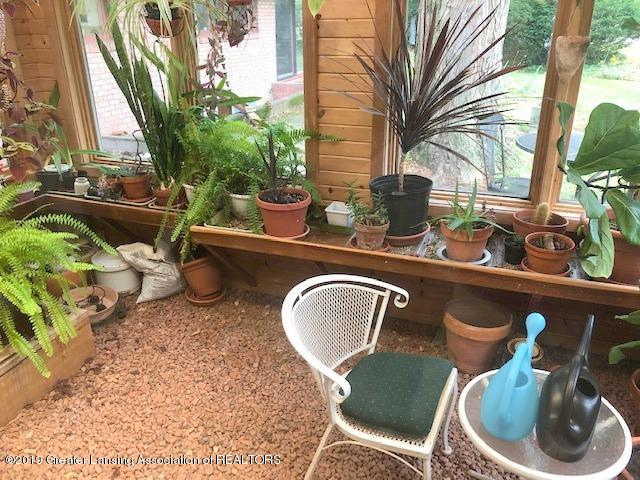 408 Curtis Rd - Greenhouse - 24