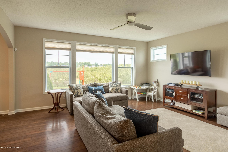 3758 Shearwater Ln - Living Room - 10