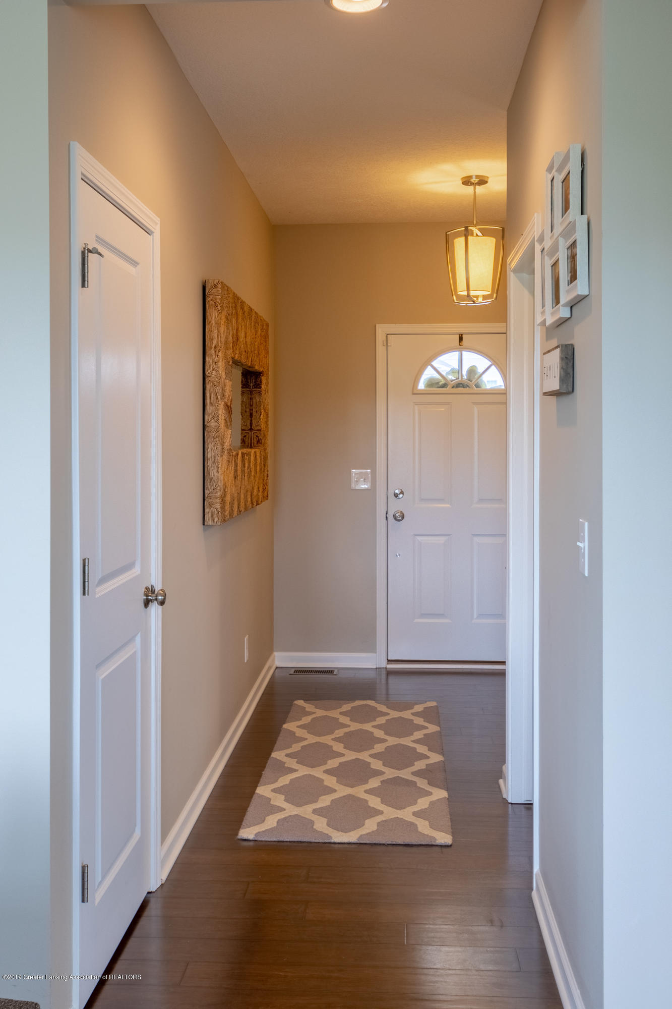 3758 Shearwater Ln - Front Hallway - 8