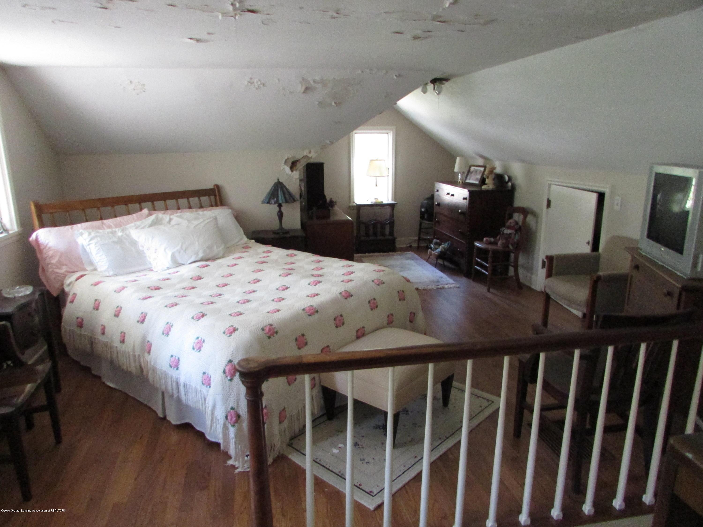 155 Maplewood Dr - Bedroom - 12