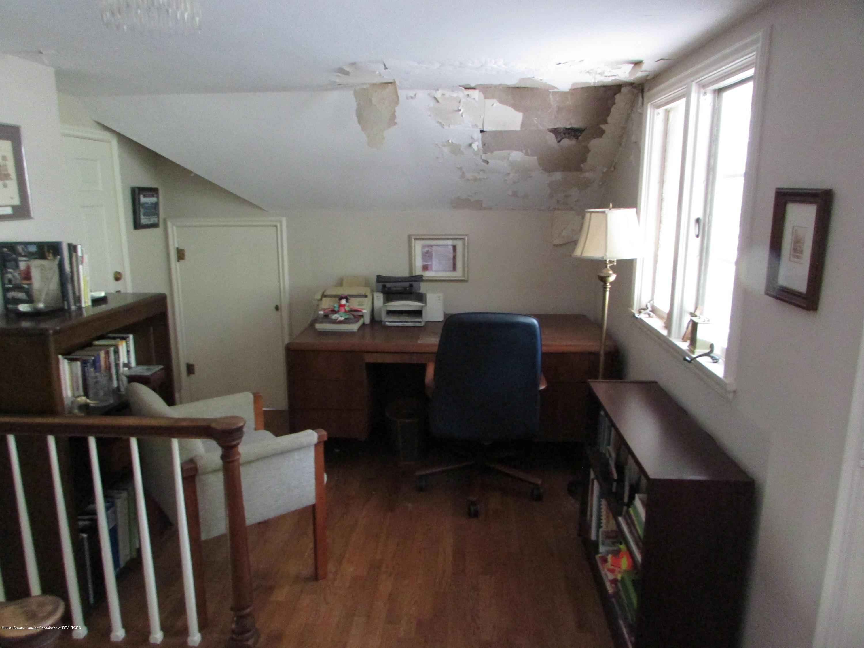 155 Maplewood Dr - Bedroom - 13