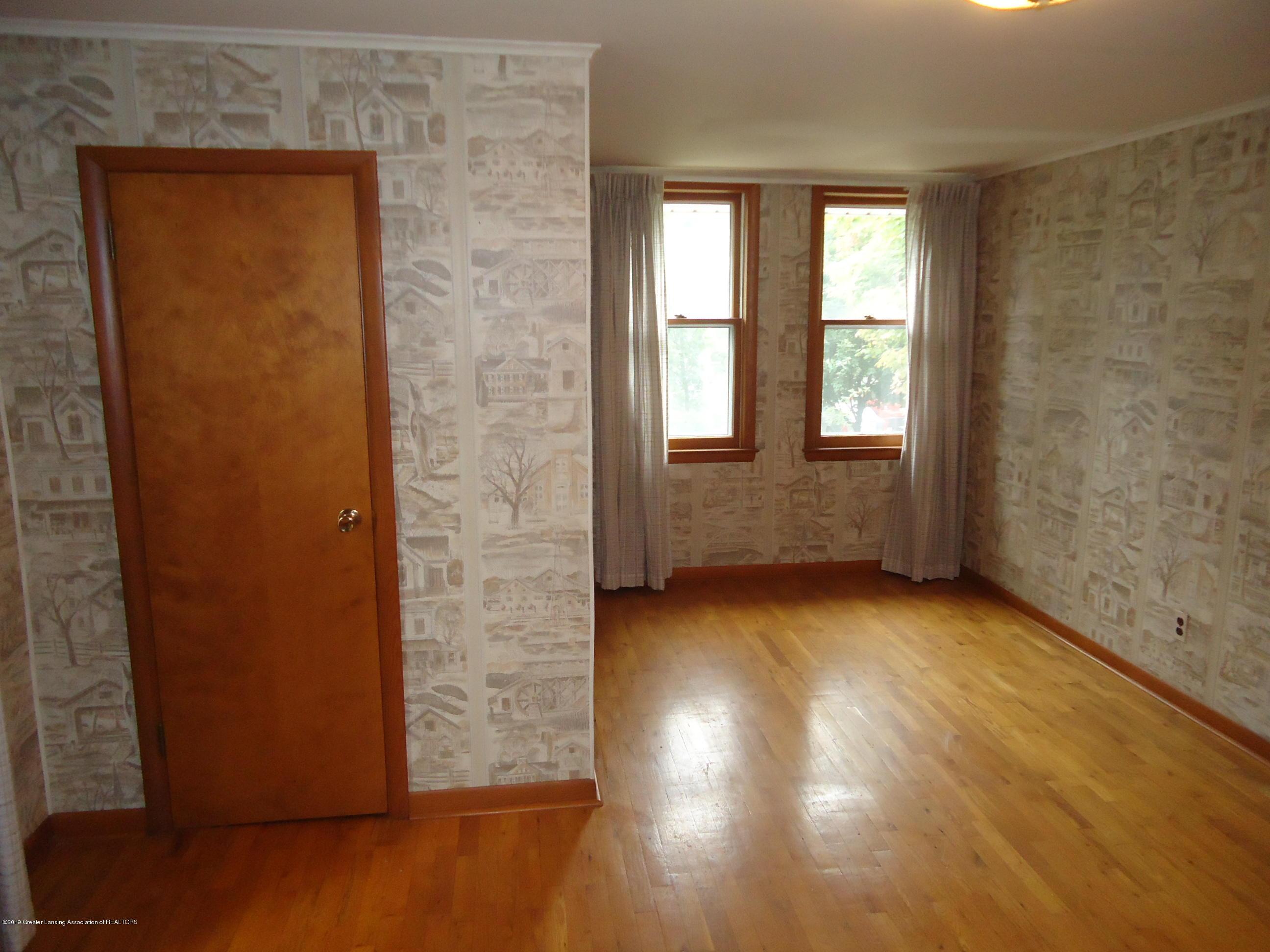 309 E Lovett St - 20 Bedroom 2 (3) - 16