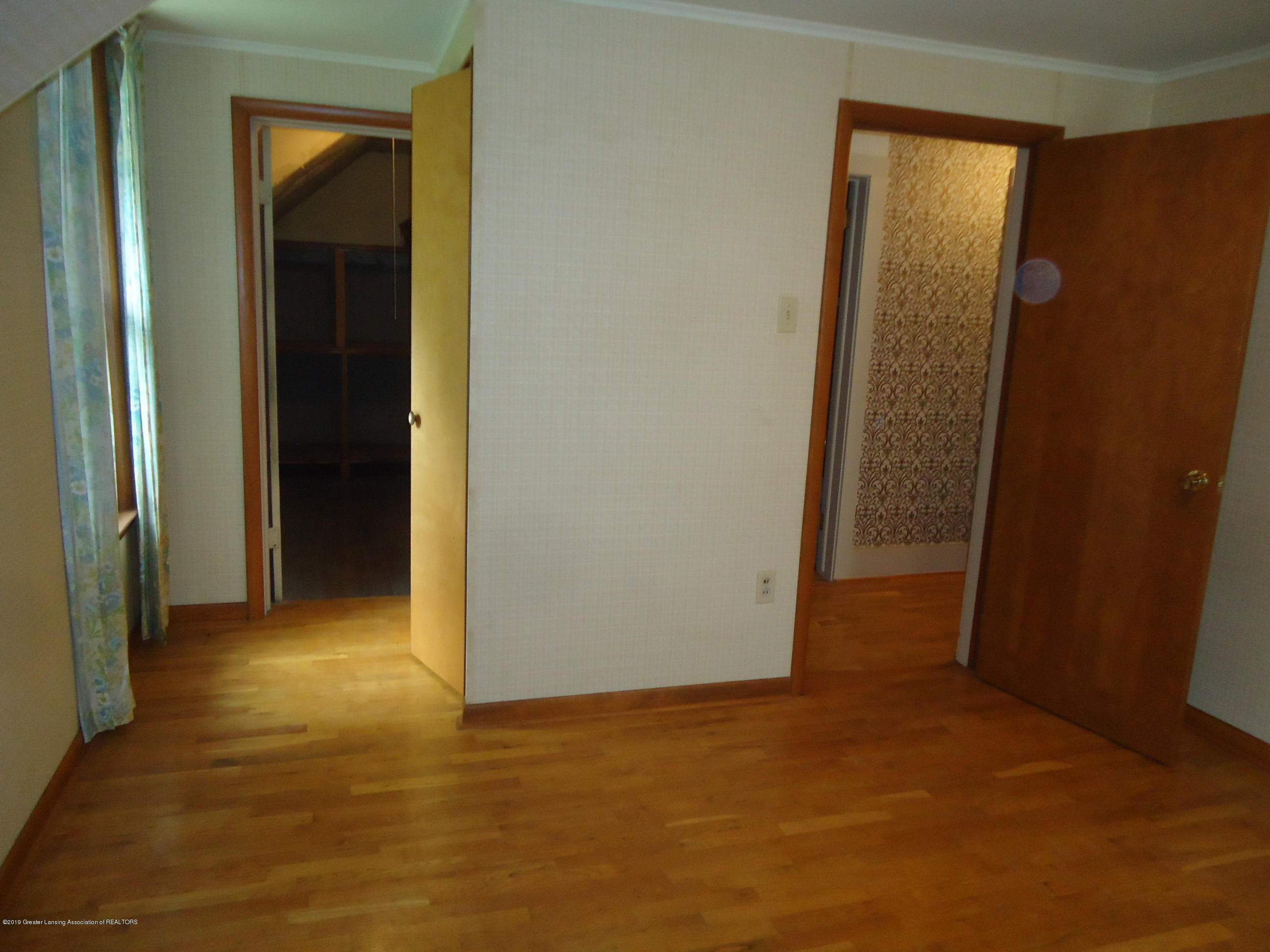 309 E Lovett St - 26 Bedroom 3 - 22