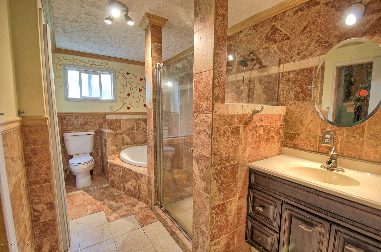 5150 Ann Dr - Bathroom - 10