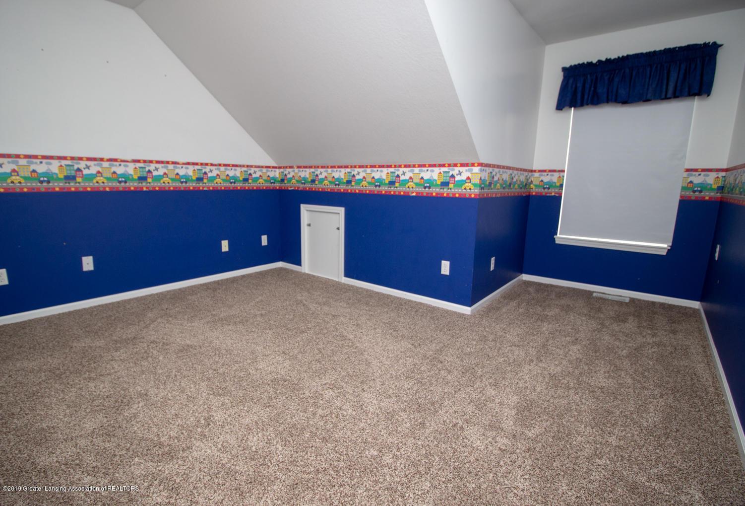 1586 Groombridge Dr - Bedroom 3 - 18
