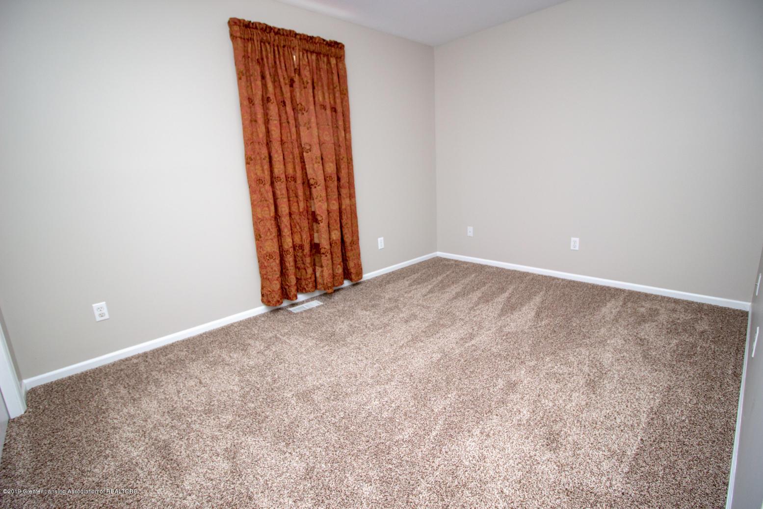 1586 Groombridge Dr - Bedroom 4 - 19