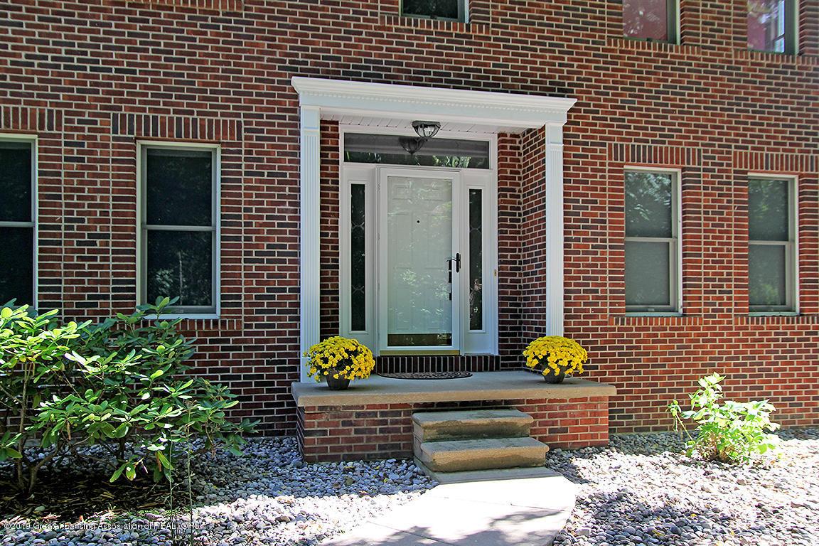 4084 Hulett Rd - Front entrance - 2