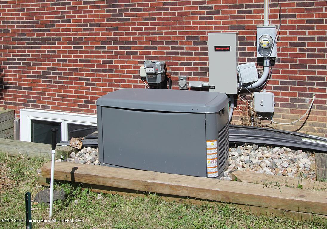 4084 Hulett Rd - Electric generator - 46