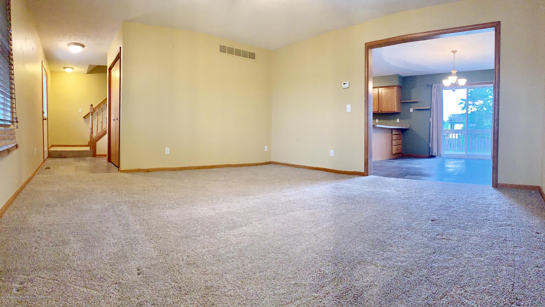14705 Hardtke Dr - Living room - 27