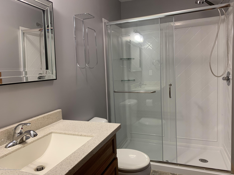 14705 Hardtke Dr - Bathroom - 40