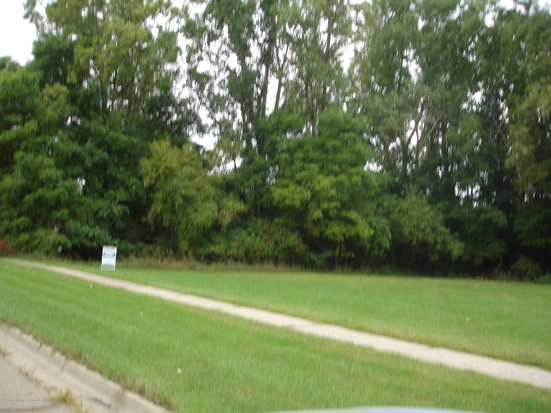 1423 Elmwood Rd - DSC06597 - 1