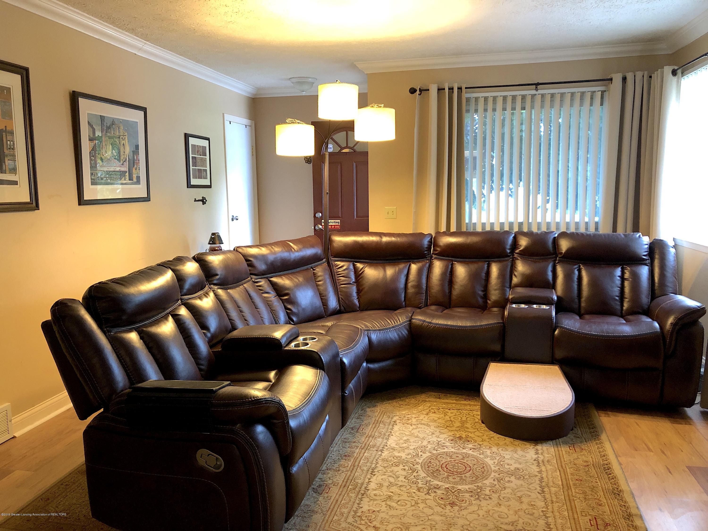 2602 Wilson Ave - Living Room - 3